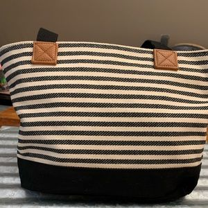 Thirty One Demi Day Bag Stripes